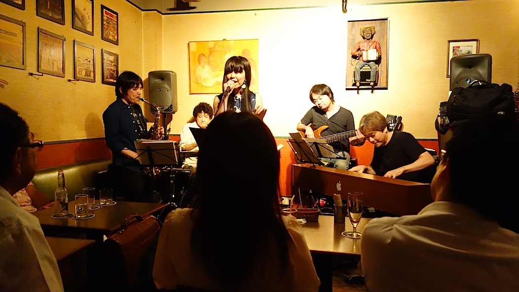 "Jazz Session named ""俺と唯"" at Mardi Gras!_b0020723_224419.jpg"