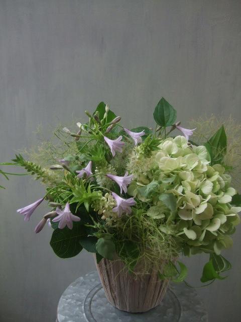 オークリーフ(秋色紫陽花と季節の花のアレンジメント)_f0049672_15263848.jpg