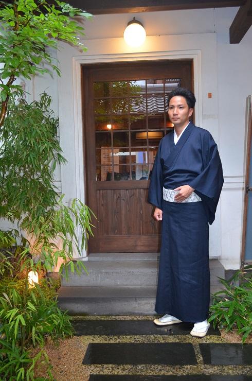 茶道青年部のお茶会へ_d0230676_1733590.jpg
