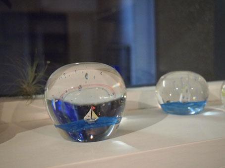 高城加世子さんのガラスペーパーウエイト/雨、海、虹_b0322280_20481014.jpg