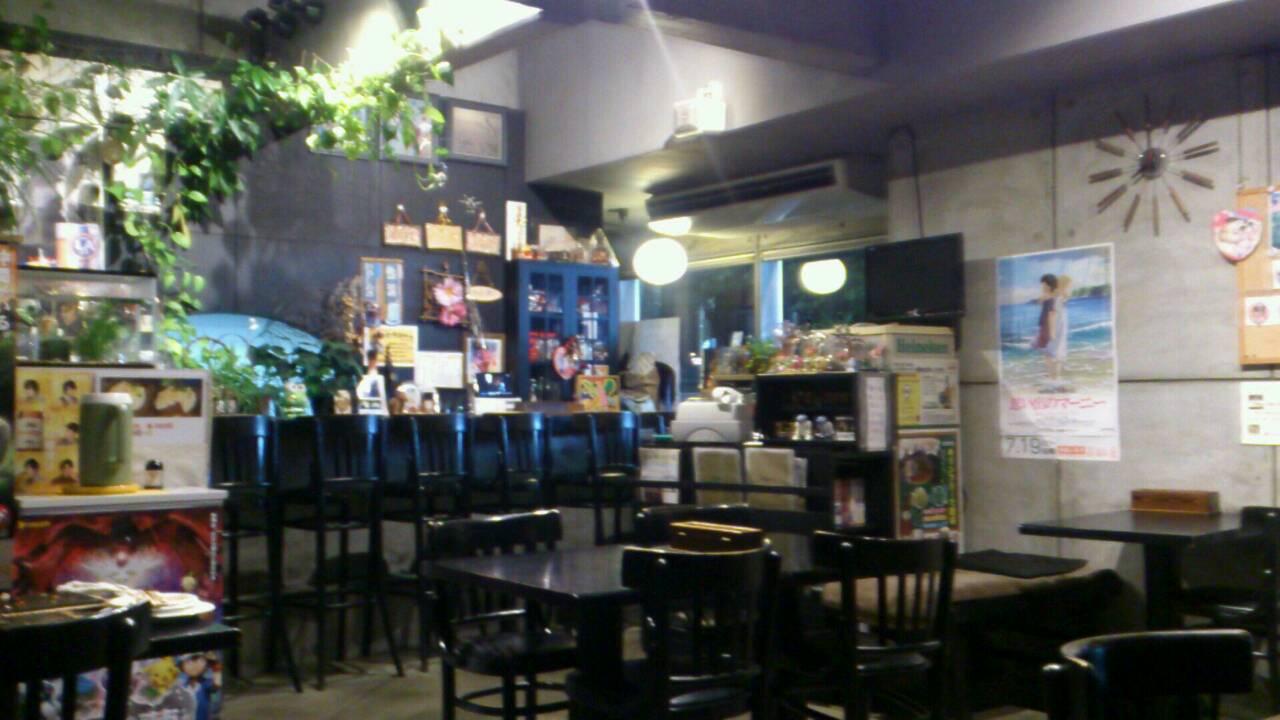 OKONOMIYAKI HOUSE  WEST_e0115904_2013337.jpg