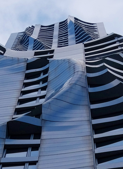 その名も「ゲーリーによるニューヨーク」(New York by Gehry)!? 巨匠建築家Frank Gehry氏の最新傑作建築_b0007805_12560.jpg