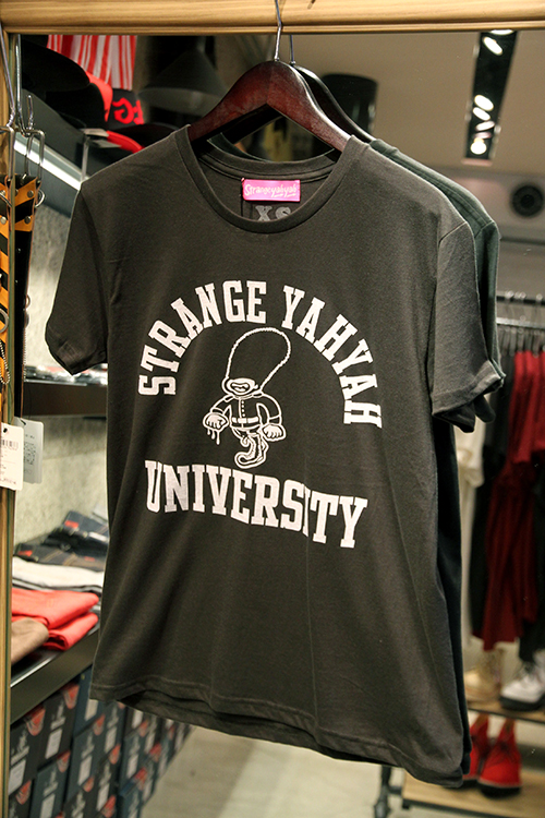 "STRANGE YAHYAH""LONDON BOY""VERSITY-shirt_e0325662_18203882.jpg"