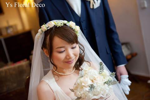 華奢な白い花冠 スペインへ_b0113510_20295559.jpg