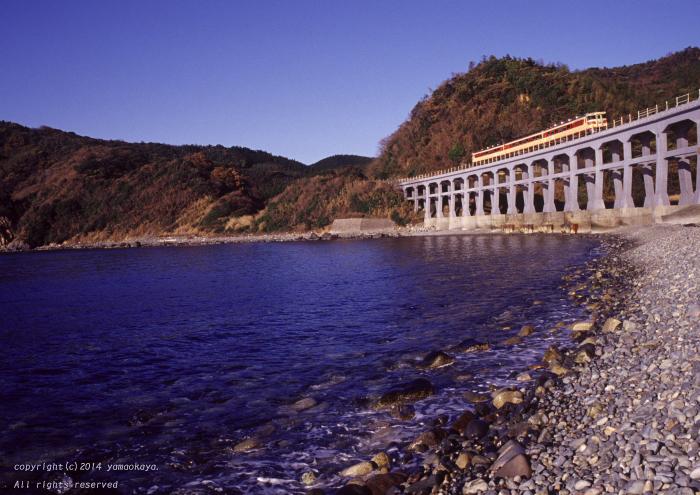 宇田郷の鉄橋を下る_d0309612_21283366.jpg