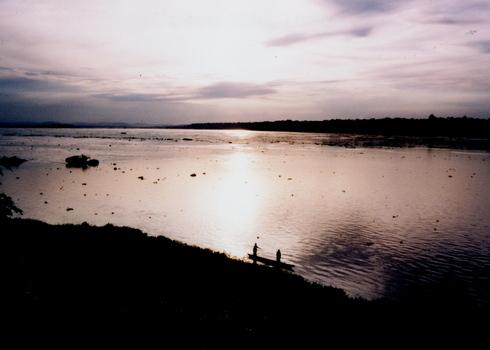 CONGO 1996 (Part 3)_d0010432_1391923.jpg