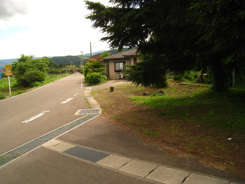 のりしろ散歩~吾妻連峰へのアプローチ口としての庭坂駅⑫_a0087378_1181671.jpg