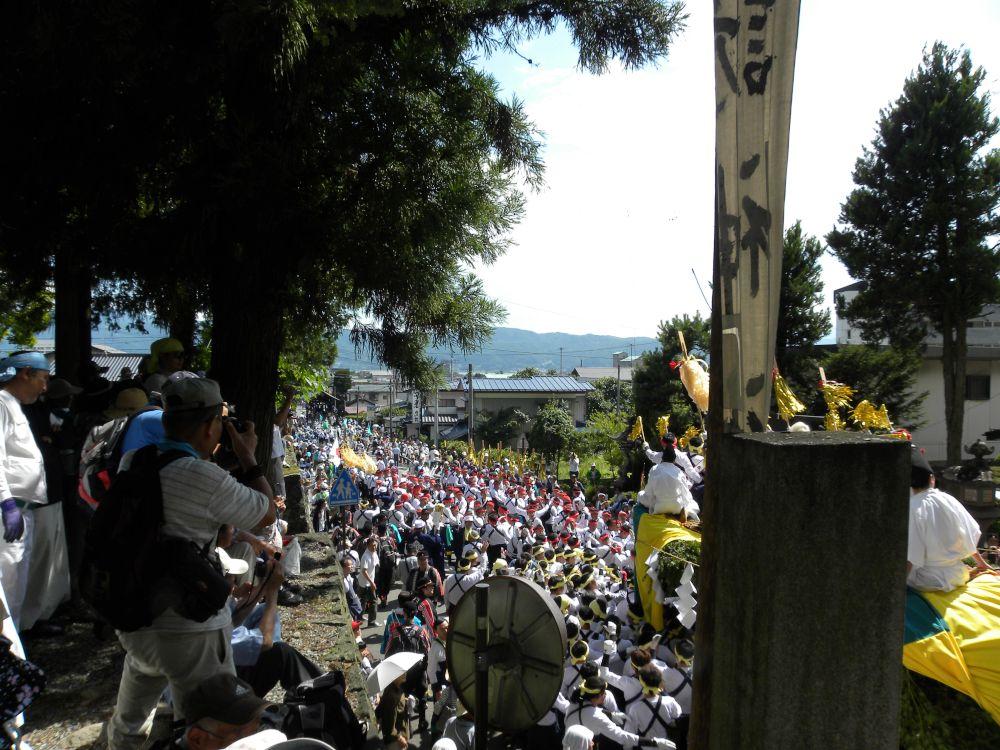 諏訪大社・下社遷座祭(お舟祭り)・・・(2)_b0329588_08024766.jpg