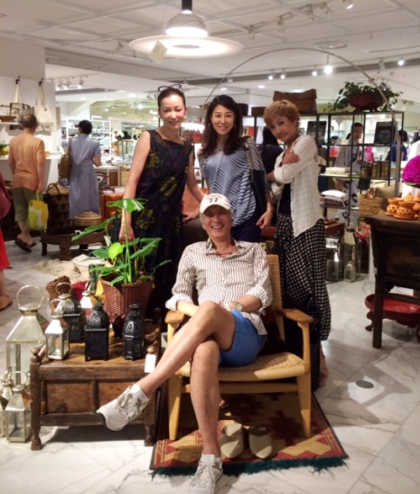 ファッション業界のビッグネーム四方義朗先輩と嬉しい再会♪ _a0138976_12333112.jpg