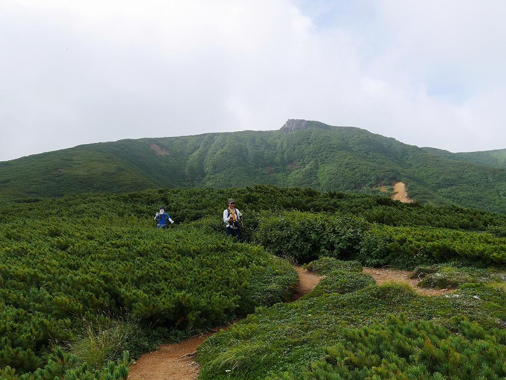 五色岳と忠別岳、8月2日-五色岳から忠別岳編-_f0138096_22592070.jpg