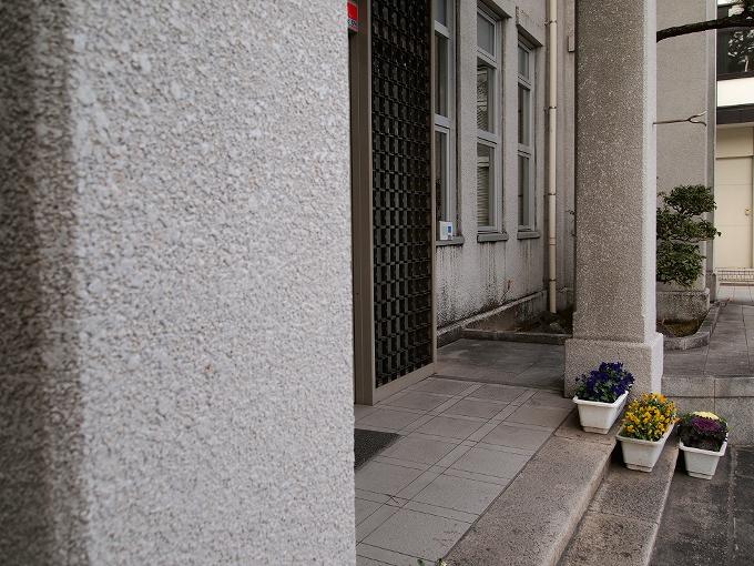 旧笠岡町役場(笠岡市議事堂)_f0116479_0521334.jpg