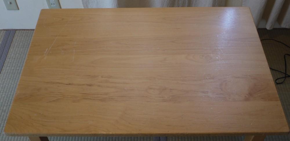 保育園のテーブル、天板塗り直し_c0138410_2020043.jpg