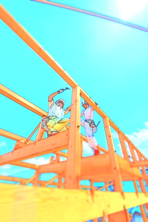 真夏の建て方工事中!!_a0128408_1755369.jpg