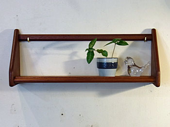 teak wall shelf_c0139773_18133745.jpg