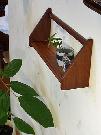 teak wall shelf_c0139773_18135568.jpg