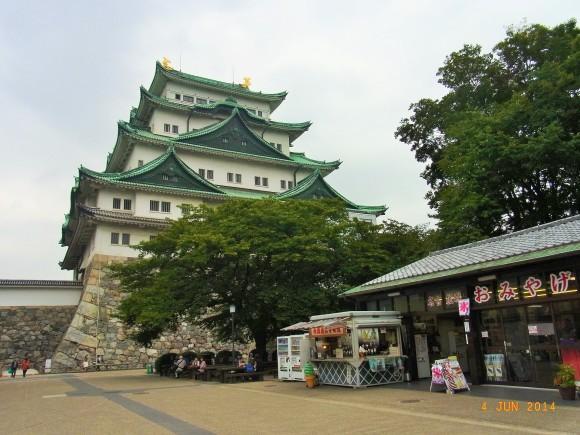 ドイツからの友人第2弾~名古屋城、徳川園_e0195766_19184897.jpg