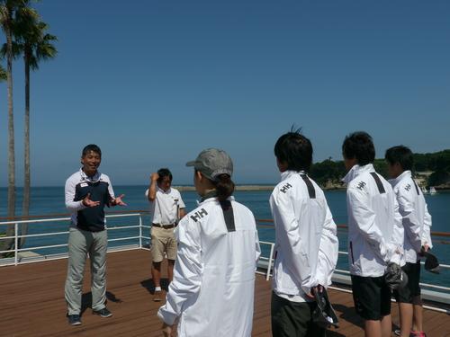 「大島チャレンジ!2014」 ~白石康次郎と高校生による大島往復航海への挑戦~_d0073005_9482157.jpg