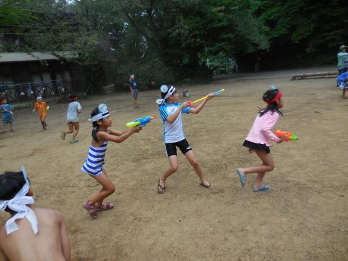サマーキャンプ2014<水鉄砲編>_e0131910_22205552.jpg