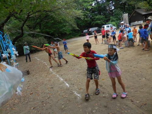 サマーキャンプ2014<水鉄砲編>_e0131910_22264779.jpg