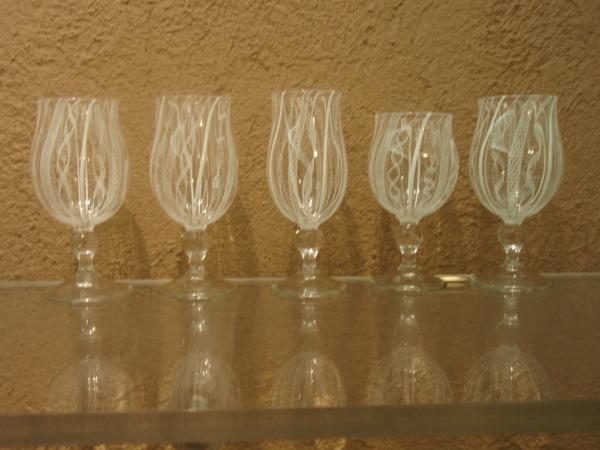 ガラスの鉢と小皿とワイングラス_b0132442_16281052.jpg
