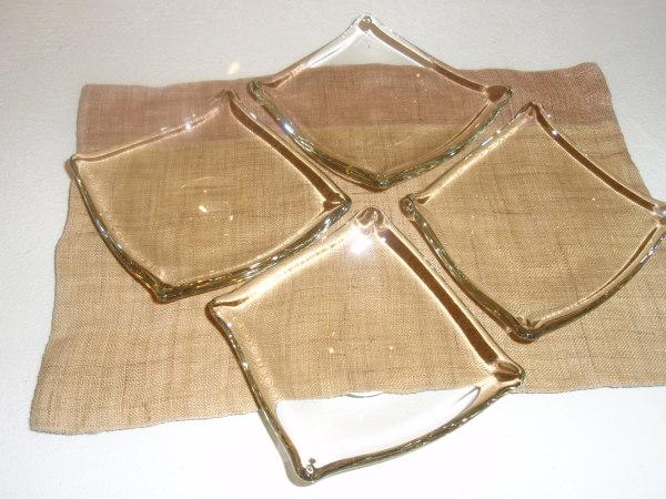 ガラスの鉢と小皿とワイングラス_b0132442_16501340.jpg