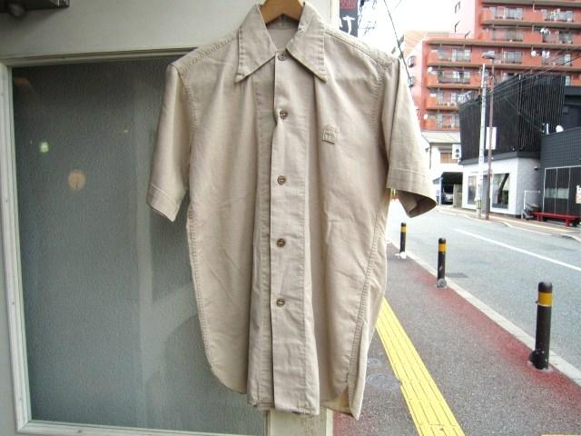 ビンテージの半袖ワークシャツ_a0182112_15512231.jpg