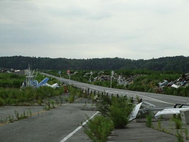 7月27日(日) 福島県浪江町を視察(線量計を持って)_e0093518_14444040.jpg