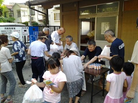 7月29日(火) 夏休みラジオ体操(富士神社会場最終日)_e0093518_1505544.jpg