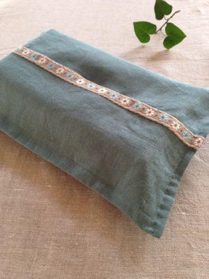 tissue box cover  リネン×チロリアンテープ♪_a0165160_695548.jpg