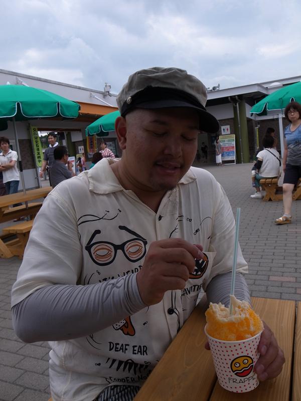 神戸までの長い長い道のり..._c0227366_15592386.jpg
