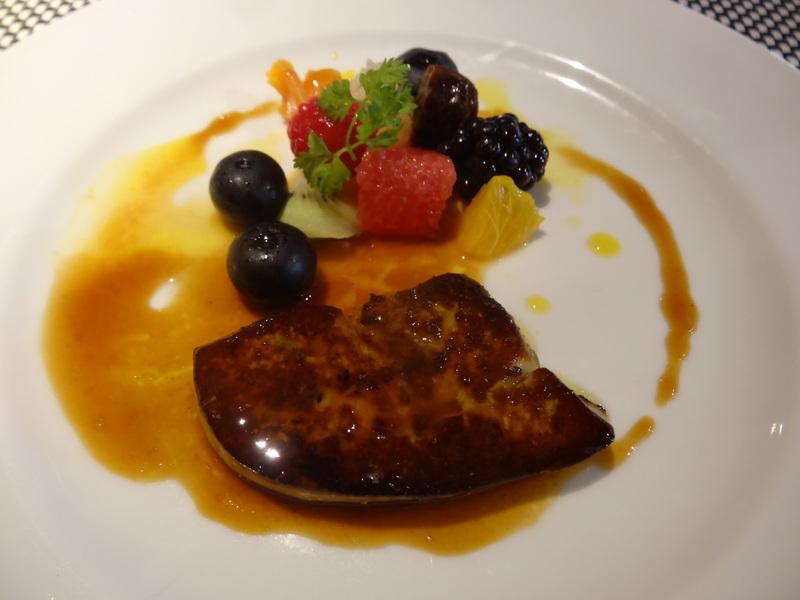 佐原で美味しい我侭フレンチのフルコースの昼ご飯です。_c0225997_7304444.jpg