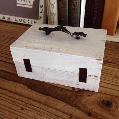 セリア 木製ボックスふた付きで_f0338924_14320570.jpg