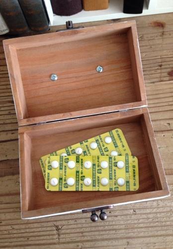 セリア 木製ボックスふた付きで_f0338924_14365206.jpg