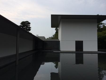 建築巡礼~金沢編_b0179213_10562931.jpg