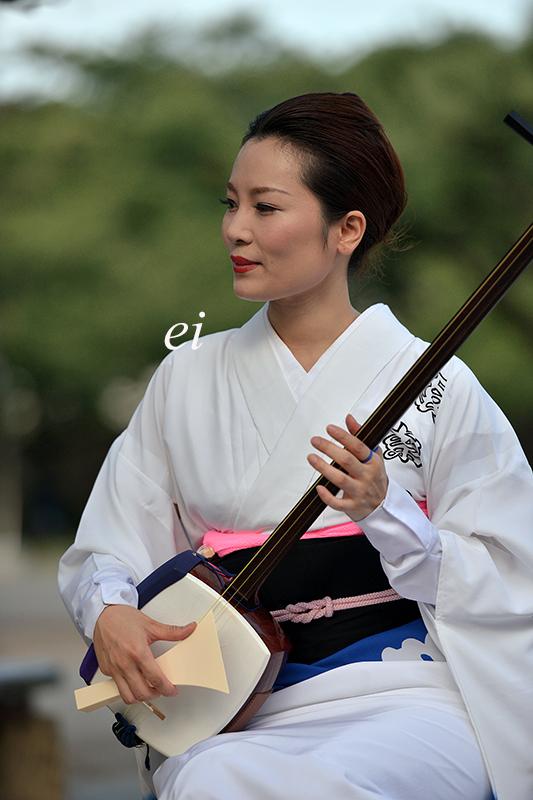 阿波踊り 神の二拍子、街を舞う。 娯茶平・三味線婦人! : ちょっとそこまで