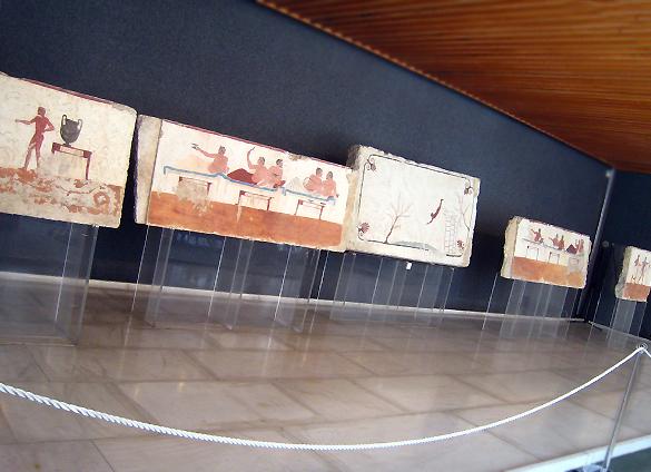 パエストゥム 2. お隣の博物館もお忘れなく!_f0205783_1256879.jpg