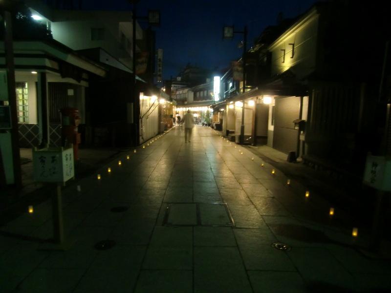 8月15日(金) 花ろうそくの夕べ_d0278912_140116.jpg
