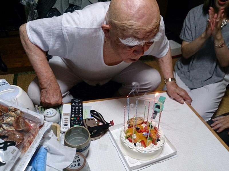 91歳の父の誕生日を祝いました_e0294183_10454653.jpg