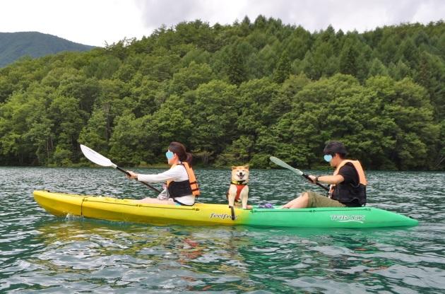 戸隠キャンプ2014⑤ 青木湖でカヤック_a0126590_08451573.jpg