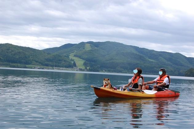 戸隠キャンプ2014⑤ 青木湖でカヤック_a0126590_08535643.jpg