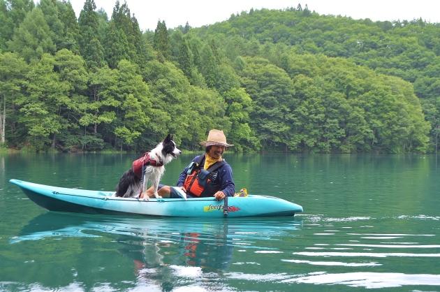 戸隠キャンプ2014⑤ 青木湖でカヤック_a0126590_09114020.jpg