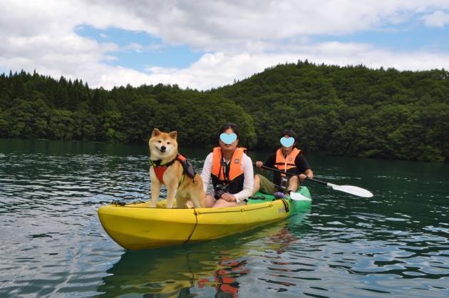 戸隠キャンプ2014⑤ 青木湖でカヤック_a0126590_09305383.jpg