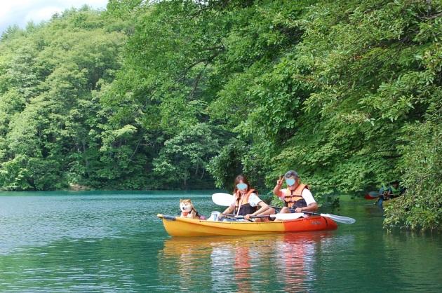 戸隠キャンプ2014⑤ 青木湖でカヤック_a0126590_09431875.jpg
