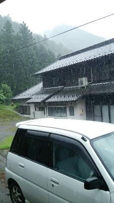 ずっぅ~と雨゜゜(´O`)°゜_a0272042_126727.jpg