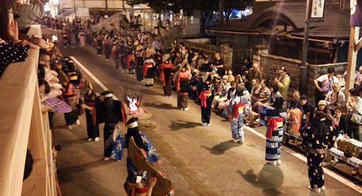 西馬音内盆踊り_f0081443_12444935.jpg