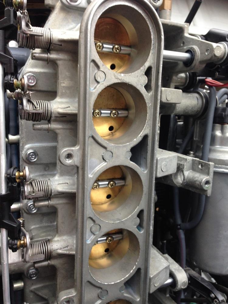 ボート&エンジンのメンテナンス_d0145899_0373967.jpg