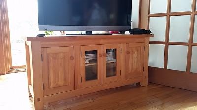 技能を活かして手作り家具製作!_d0050503_726318.jpg