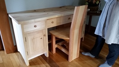 技能を活かして手作り家具製作!_d0050503_726971.jpg