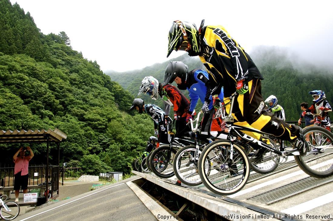8月16〜17日滝沢サイクルパークの風景VOL2_b0065730_14105874.jpg
