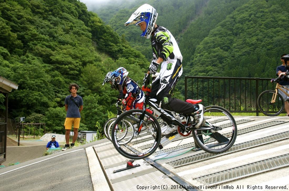 8月16〜17日滝沢サイクルパークの風景VOL2_b0065730_1493250.jpg